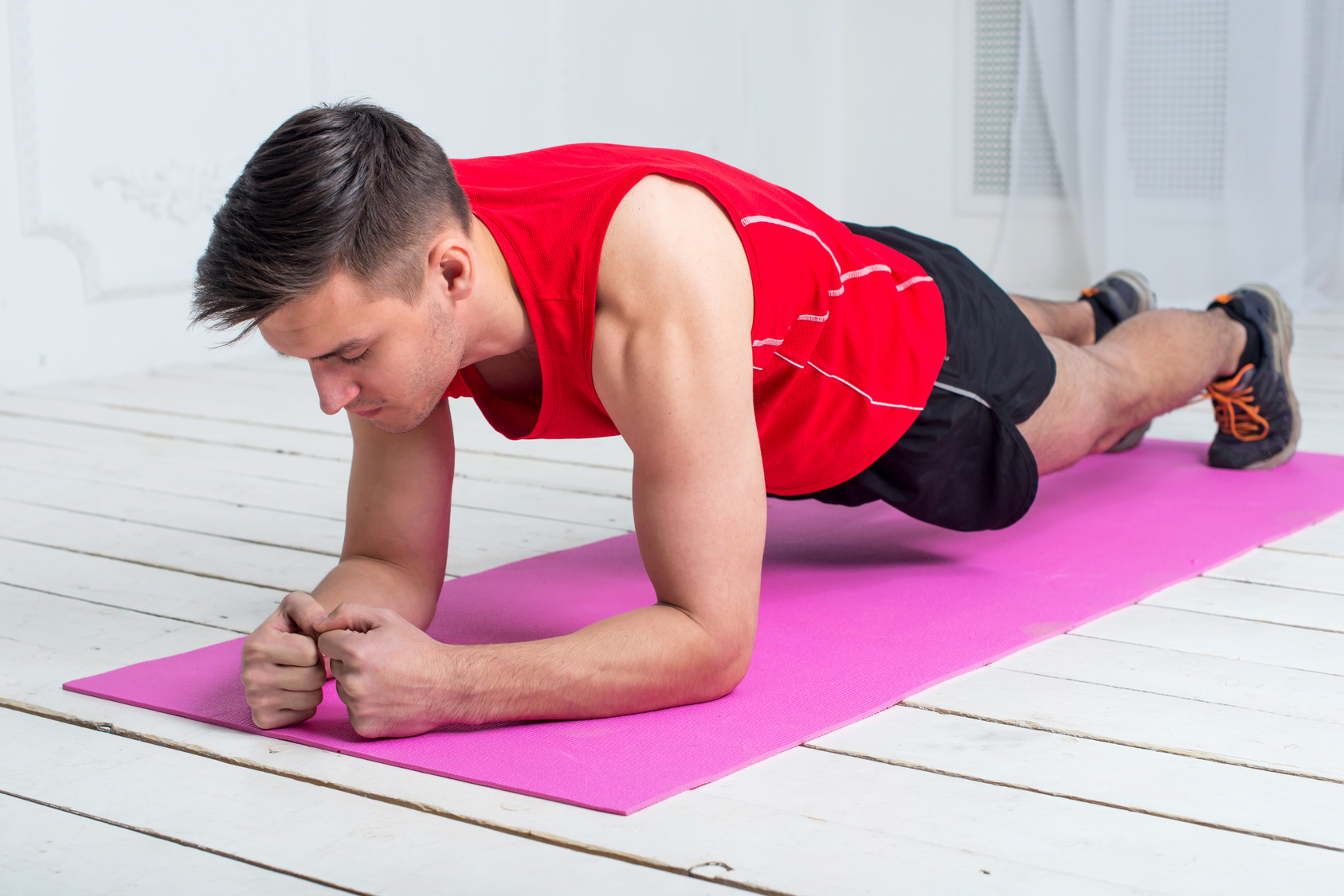 7 Health Benefits of Yoga for Guys pictures